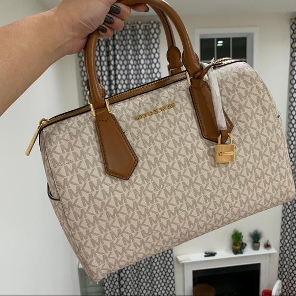 6b21d169c14b46 Michael Kors Bags | Hayes Duffelsatchel Bag | Poshmark